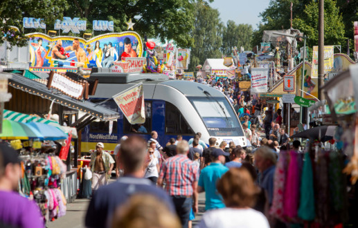 Der Zug der Nordwestbahn auch bis zum Stoppelmarkt in Vechta