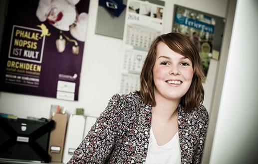 Lena Sandau bei der Osnabrücker Grafik-Agentur Hasegold