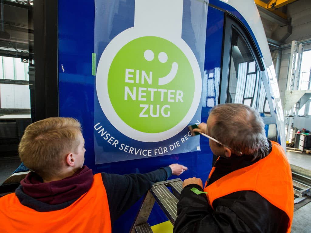 """Logo """"Ein Netter Zug"""" von der Osnabrücker Grafikdesign Agentur Hasegold"""