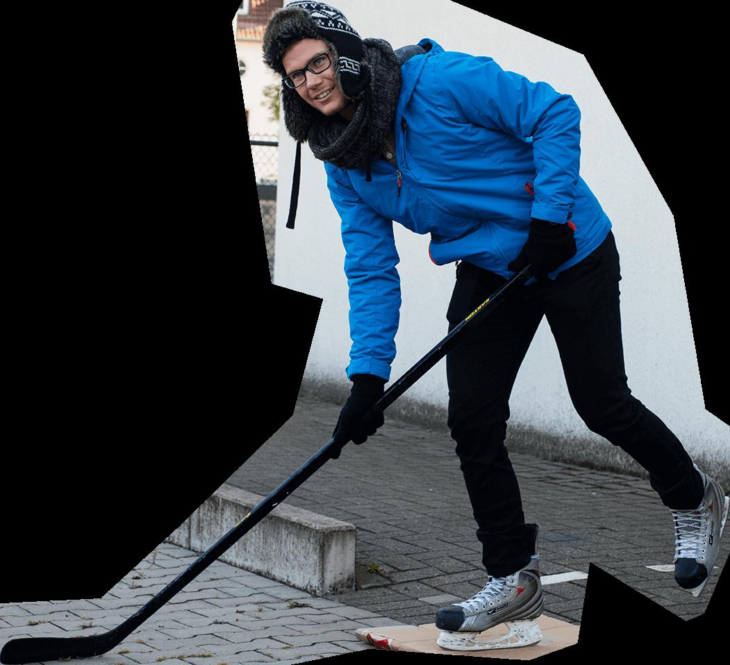 Der Eishockeyspieler passt in die Bildmontage