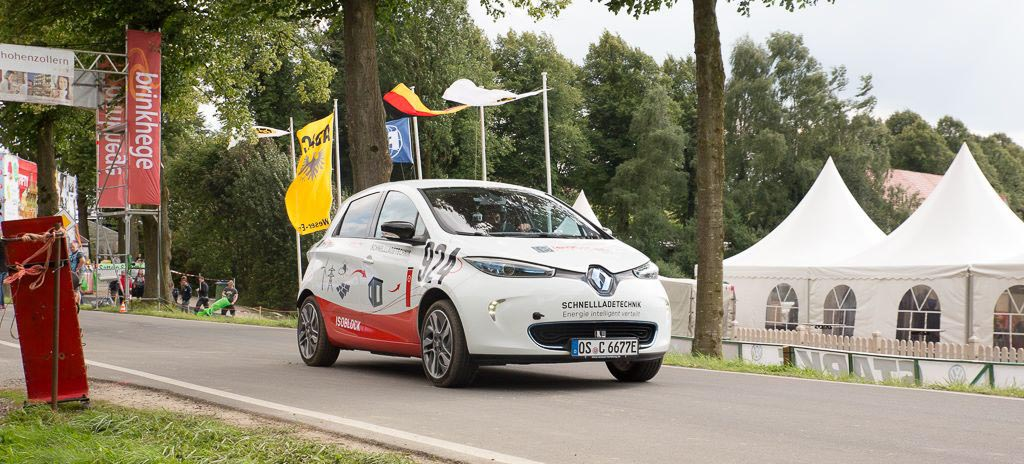 Fahrzeuggestaltung für Autobeklebung zu Elektroauto von der Firma isoblock beim Bergrennen in Borgloh