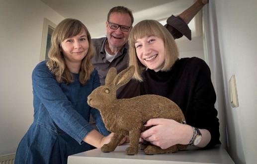 Janina Schlüter ist die neue Auszubildende bei der Grafikdesign-Agentur Hasegold in Osnabrück