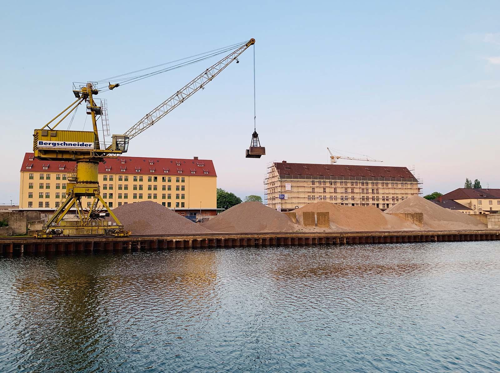 Der Leise Speicher im Osnabrücker Hafen /// LEISER SPEICHER