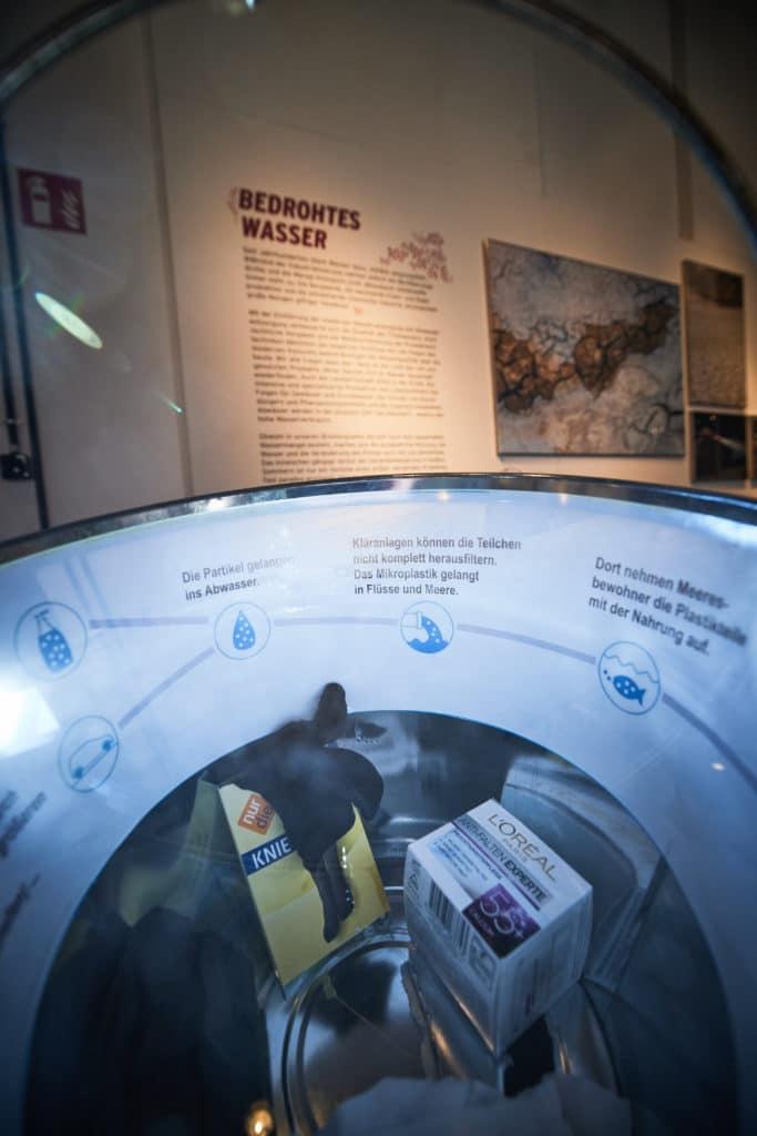 """Ausstellungsobjekte im Museum Industriekultur Osnabrück in der Austellung """"Über Wasser"""""""