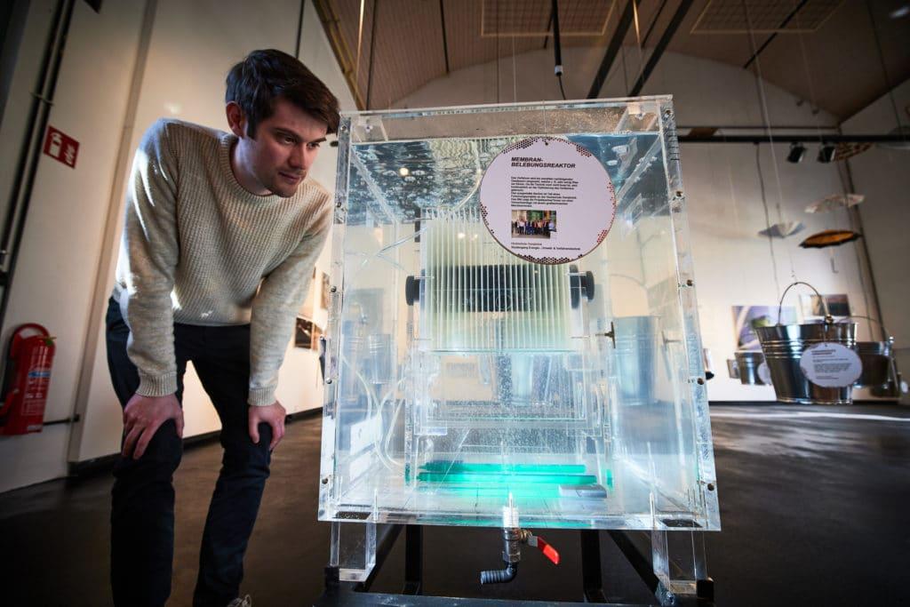 Wasserfilterung im Museum Industirekultur. Steffen Unland ist Grafikdesigner bei Hasegold in Osnabrück